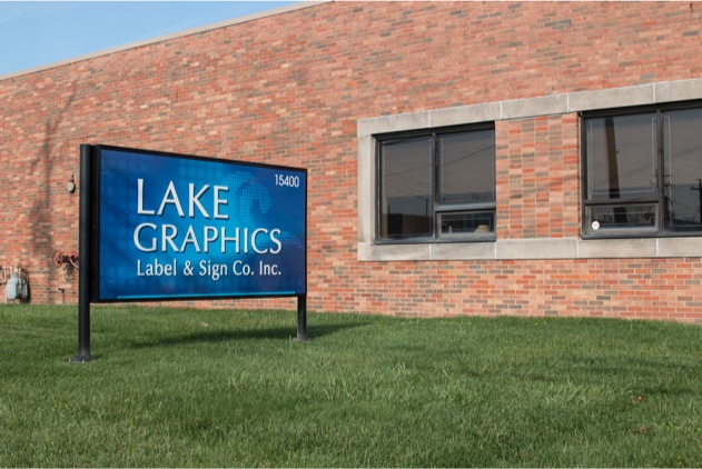 lake graphics label sign co